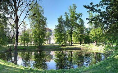Строгановский парк