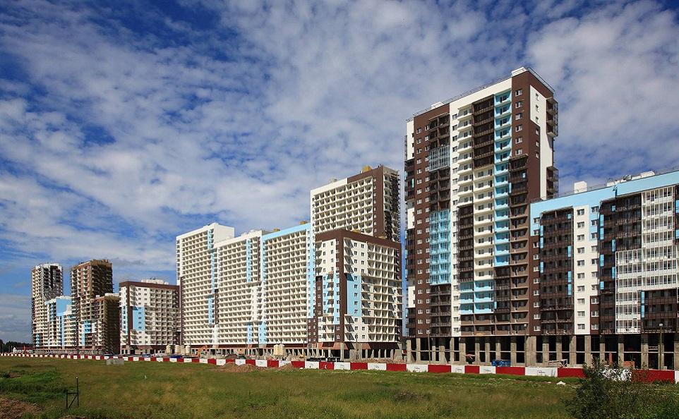 Когда выгоднее покупать квартиру в новостройке: на этапе котлована или в сданном доме