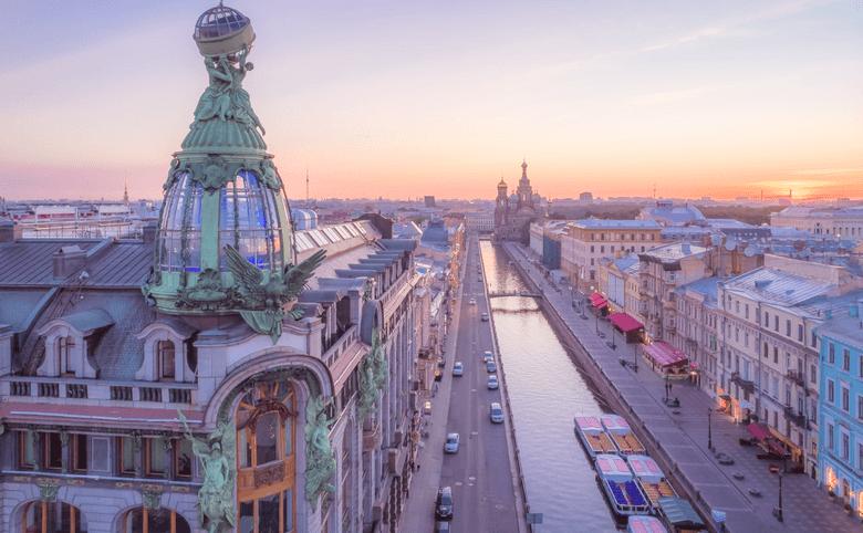 Топ-5 необычных жилых домов в Петербурге